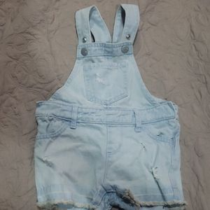 Baby overall distressed shorts
